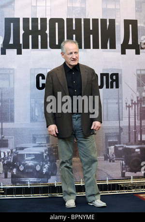 Public Enemies director Michael Mann arrives in Moscow - Stock Photo