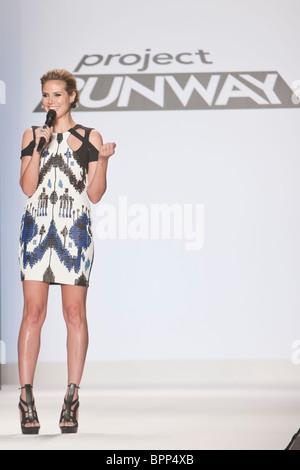 12 february 2010 -New Yok,USA - Project Runway season 7 Heidi Klum at finale fashion show at New York fashion Week. - Stock Photo