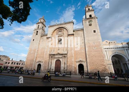 Cathedral  de San Ildefonso, Plaza Mayor, Merida, the Yucatan, Mexico - Stock Photo