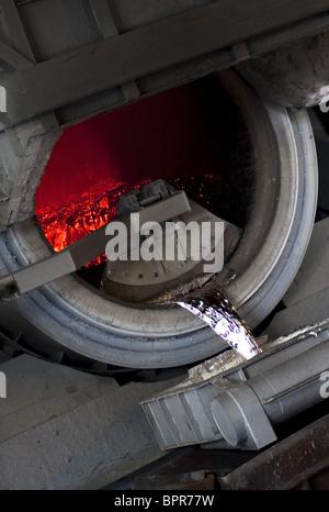 Scrap recycling at VTORMET plant - Stock Photo