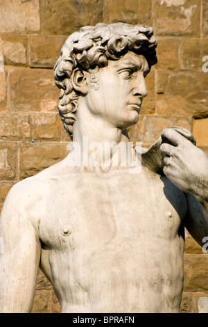 ITALY Tuscany Florence Replica of Renaissance statue of David by Michelangelo in Piazza della Signoria by Palazzo - Stock Photo