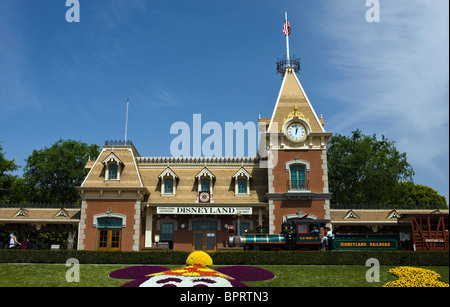 The Disneyland railroad depot located past the main ticket gates with train arriving, Disneyland Resort, Anaheim, - Stock Photo