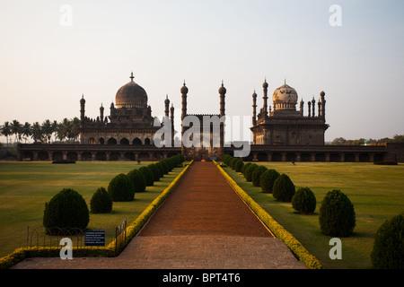 Ibrahim Rauza, a Mughal mausoleum in Bijapur, India which partially inspired the Taj Mahal. - Stock Photo