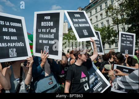 Paris, France, Crowd of French Militants Activists, with 'League of Rights of Man' (NGO) Rally Against French Government's - Stock Photo