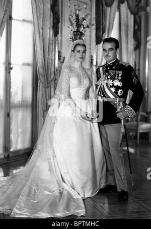 GRACE KELLY & PRINCE RAINIER III PRINCE & PRINCESS OF MONACO (1956) - Stock Photo