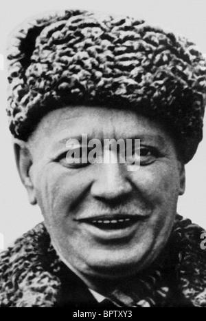 MIKHAIL SHOLOKHOV WRITER & NOBEL PRIZE FOR LITERATURE 1965 (1965) - Stock Photo