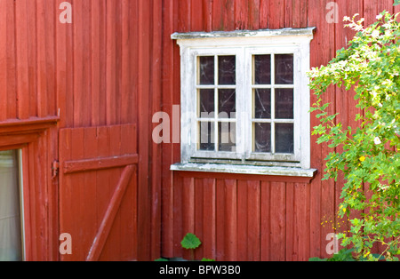 A run down looking building in Asgardstrand, Norway. - Stock Photo