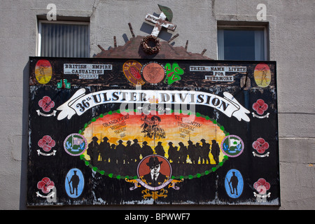 Ireland, North, Belfast, Donegall Pass, Loyalist poltical mural. - Stock Photo