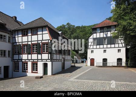 Rheinisches Industriemuseum, Papierindustrie, Papiermuehle Alte Dombach im Strundetal in Bergisch Gladbach, Bergisches - Stock Photo
