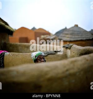 A woman in the Gambaga camp. - Stock Photo