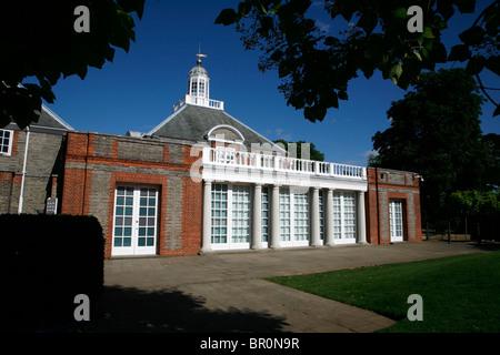 Serpentine Gallery, Kensington Gardens, London, UK - Stock Photo