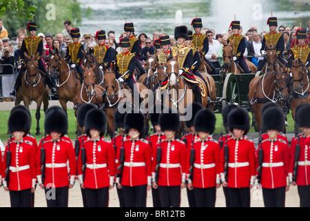 King's Troop Royal Horse Artillery in front of St. James's Park, 'Trooping the Colour' 2010 - Stock Photo
