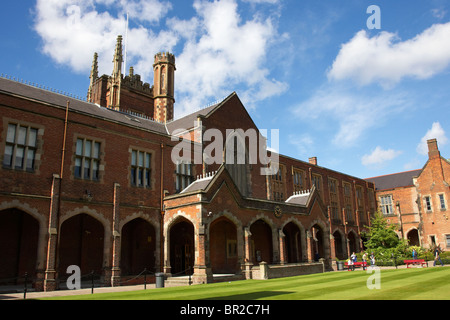 rear of Queens University of Belfast main Lanyon Building and quad Northern Ireland uk - Stock Photo