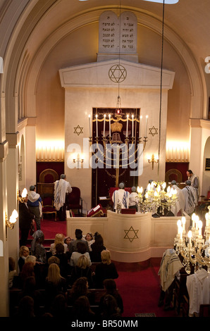 Neuilly sur Seine (92): Synagogue - Stock Photo