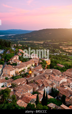 Europe, France, Alpes-de-Haute-Provence (04), Village of Moustiers-Sainte Marie - Stock Photo