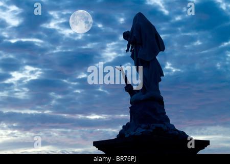 notre dame des naufragés statue at pointe du raz (raz point), brittany, france - Stock Photo