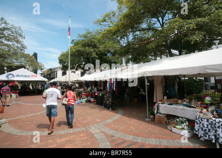 Street market at Plaza Catedral, Casco Antiguo, Panama City, Panama. - Stock Photo