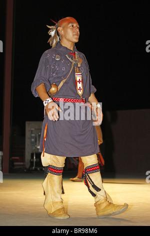 Prime Cherokee North Carolina A Cherokee Man Member Of The Warriors Hairstyle Inspiration Daily Dogsangcom