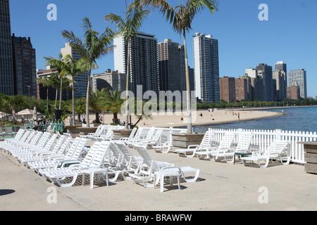 ... Chicago Oak Street Beach   Stock Photo
