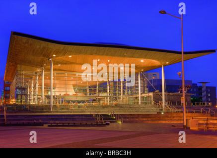 Welsh National Assembly Government building (Senedd) at night. Cardiff Bay, (Bae Caerdydd), Cardiff, Glamorgan, - Stock Photo