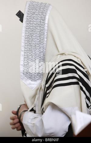 Orthodox Jew praying, Jerusalem, Israel - Stock Photo