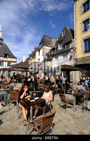 france, brittany (bretagne), finistere, quimper, outdoor cafe - Stock Photo