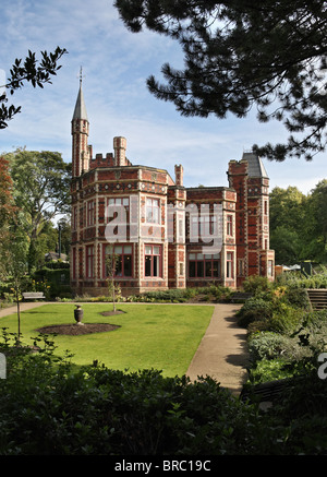 Saltwell Towers. the victorian house built by the stained glass designer William Wailes, was completed in 1862. - Stock Photo