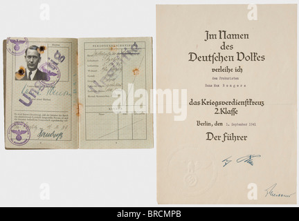Hans M. Bongers, a pioneer of German civil aviation (1898 - 1981), awards and documents Passport, 1939 with numerous - Stock Photo