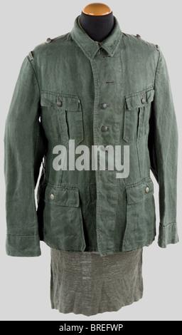 Wehrmacht, Veste treillis de la Heer, vert roseau à quatre poches, pattes de col et d'épaule absentes. Joint une - Stock Photo