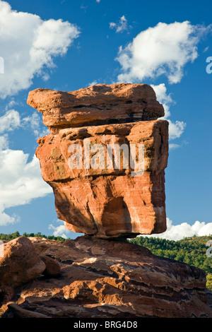 Balanced Rock, Garden of the Gods, National Natural Landmark, Colorado Springs, Colorado, USA - Stock Photo