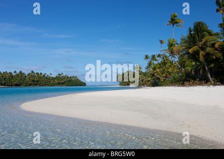 Aitutaki in The Cook Islands - Stock Photo