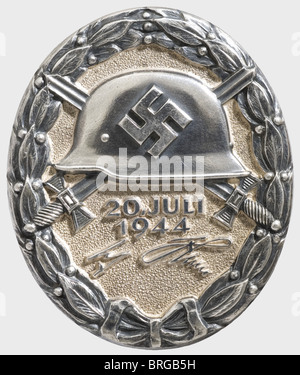 A Wound Badge '20 July 1944', in Black Silver, the reverse punched 'L/12' for C.E. Juncker, Berlin and with mark - Stock Photo