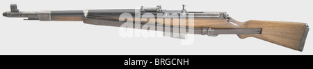 A self-loading rifle G 41(W), code 'ac 43', gas nozzle loader, calibre 8 x 57, no. 1207. Completely matching numbers. - Stock Photo