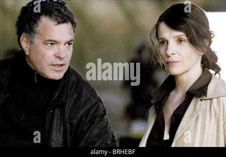 AMOS GITAI & JULIETTE BINOCHE DISENGAGEMENT (2007) - Stock Photo
