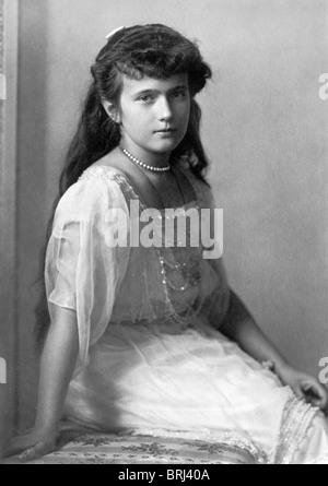Portrait c1915 of Grand Duchess Anastasia Nikolaevna Romanov (1901 - 1918) - youngest daughter of Tsar Nicholas - Stock Photo
