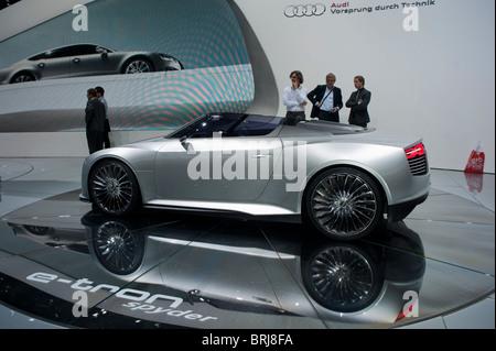 Paris, France, Businessmen Visiting Paris Car Show, Audi 'E-Tron Spider', Concept Car, Side, on dispkay - Stock Photo