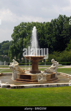 Fountain in front of Wade Lagoon by Cleveland Museum of Art - Case Western Reserve University - Cleveland Ohio - Stock Photo
