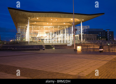 Cardiff Bay Glamorgan South Wales UK Senedd Welsh National Assembly building built of local slate and Welsh Oak - Stock Photo