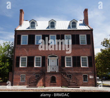 Exterior view of Isaiah Davenport House Museum, Savannah, Georgia - Stock Photo
