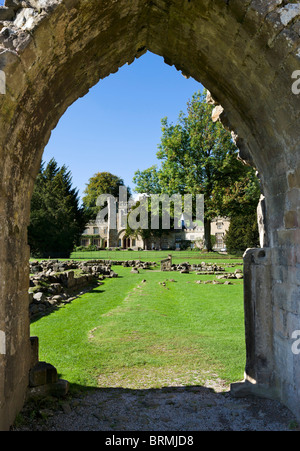 View through an arch in the ruins of Bolton Priory, Bolton Abbey, Wharfedale, Yorkshire Dales, North Yorkshire, - Stock Photo