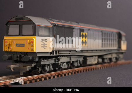 Class 58 Co Co Diesel Locomotive, BR Railfreight Sector livery logo - Stock Photo