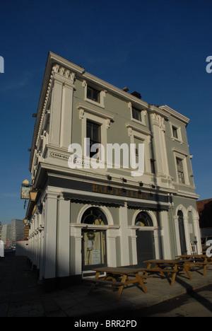 Baltic Fleet public house, 33 Wapping, Liverpool, Merseyside, UK L1 8DQ. - Stock Photo