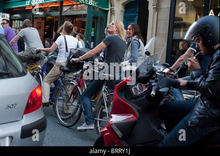 Paris, France, Adult Tourists Visiting Paris by Bicycle Tour, Saint Germain des Pres District, adult extracurricular - Stock Photo