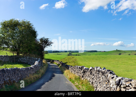Country road between Airton and Hetton, Wharfedale, Yorkshire Dales National Park, England, UK - Stock Photo
