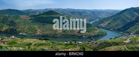 Portugal, the Alto Douro, the Douro valley, Pinhao in the Port Wine district from the miradouro de Casal de Loivos - Stock Photo