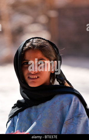 Young woman at Ain Khudra Oasis, White Canyon, Sinai, Egypt. - Stock Photo