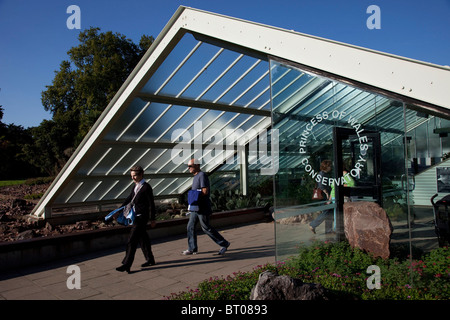 Princess of Wales Conservatory at Kew Gardens in the autumn, London. The Royal Botanic Gardens. - Stock Photo