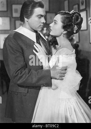 THE GREAT CARUSO 1951 MGM film with Mario Lanza as Caruso and Ann Blyth as his wife - Stock Photo
