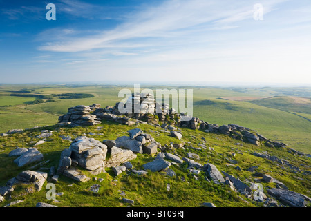 Granite rock formations on the summit of Rough Tor, Bodmin Moor. Cornwall. England. UK. - Stock Photo
