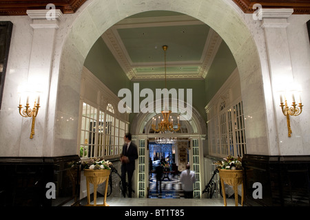 Savoy Hotel in London. Reopened in October 2010 after a complete refurbishment. Photos show the new entrance lobby - Stock Photo